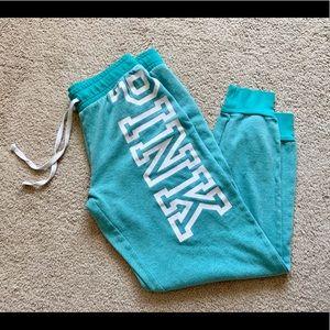 < VS PINK Sweatpants >
